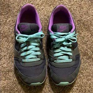 Women's 8 Nike Sneakers